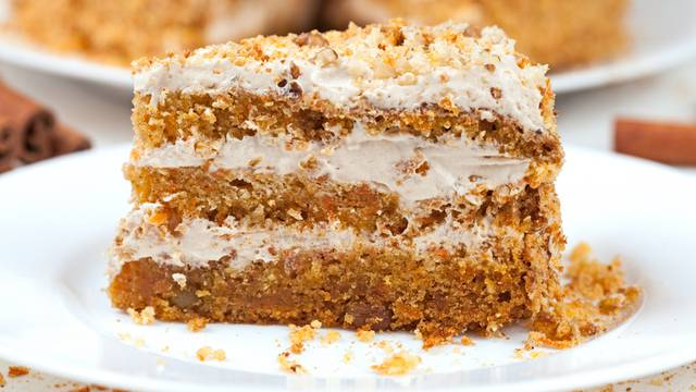 Vodič za čuvanje kolača i torti: Kada ih držati vani, a kada ne?