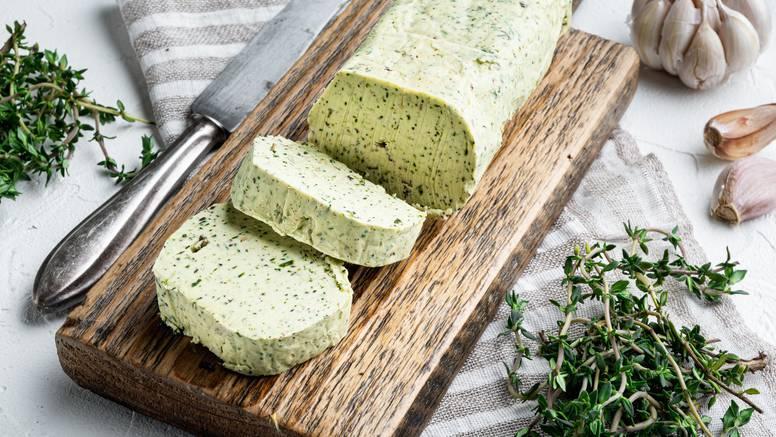 Aromatični maslac lako je napraviti, a obožavat će ga svi