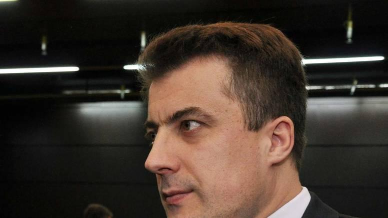 Bivši šef Carine u BiH dobio je 9 godina za mito, godinama  po kamionu dobivao 1000 maraka