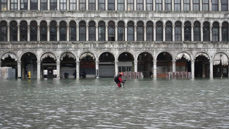 Talijani aktivirali protupoplavni sustav 'MOSE': Prijeti im 130 cm viša razina more nego obično