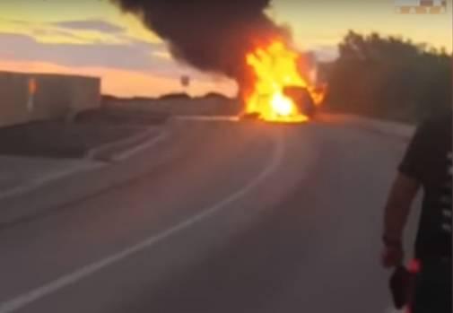 Užas u Novalji: Motociklom se zabio u auto, sve je izgorjelo...