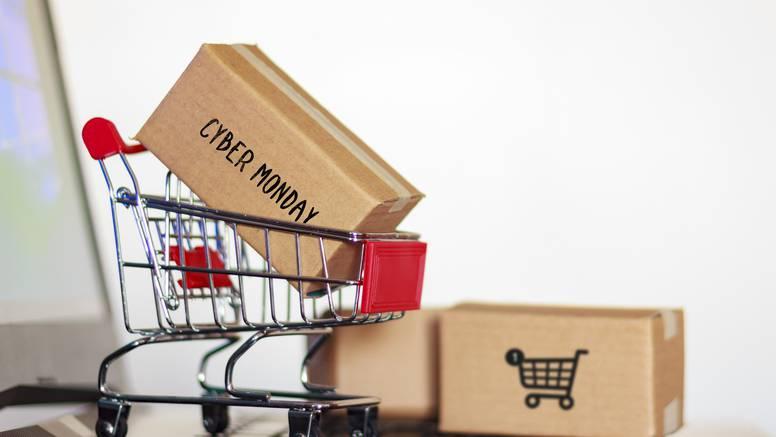 Povoljna kupnja: Nakon crnog petka i ponedjeljak je 'jeftiniji'
