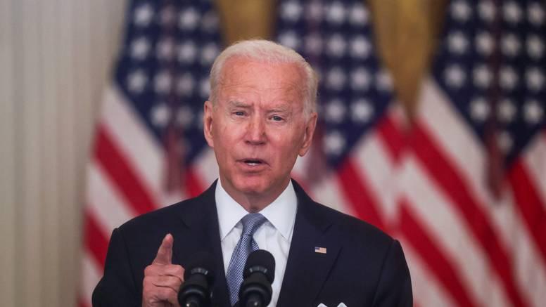 Biden u Kaliforniji poziva ljude da glasuju protiv referenduma