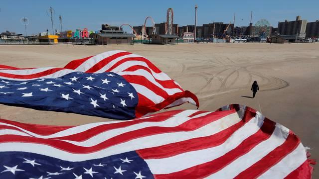 SAD: Broj umrlih prešao je 40 tisuća, skoro 750.000 oboljelih
