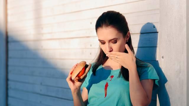 Hrana koju možda jedete skroz pogrešno: Hamburger, kokice...