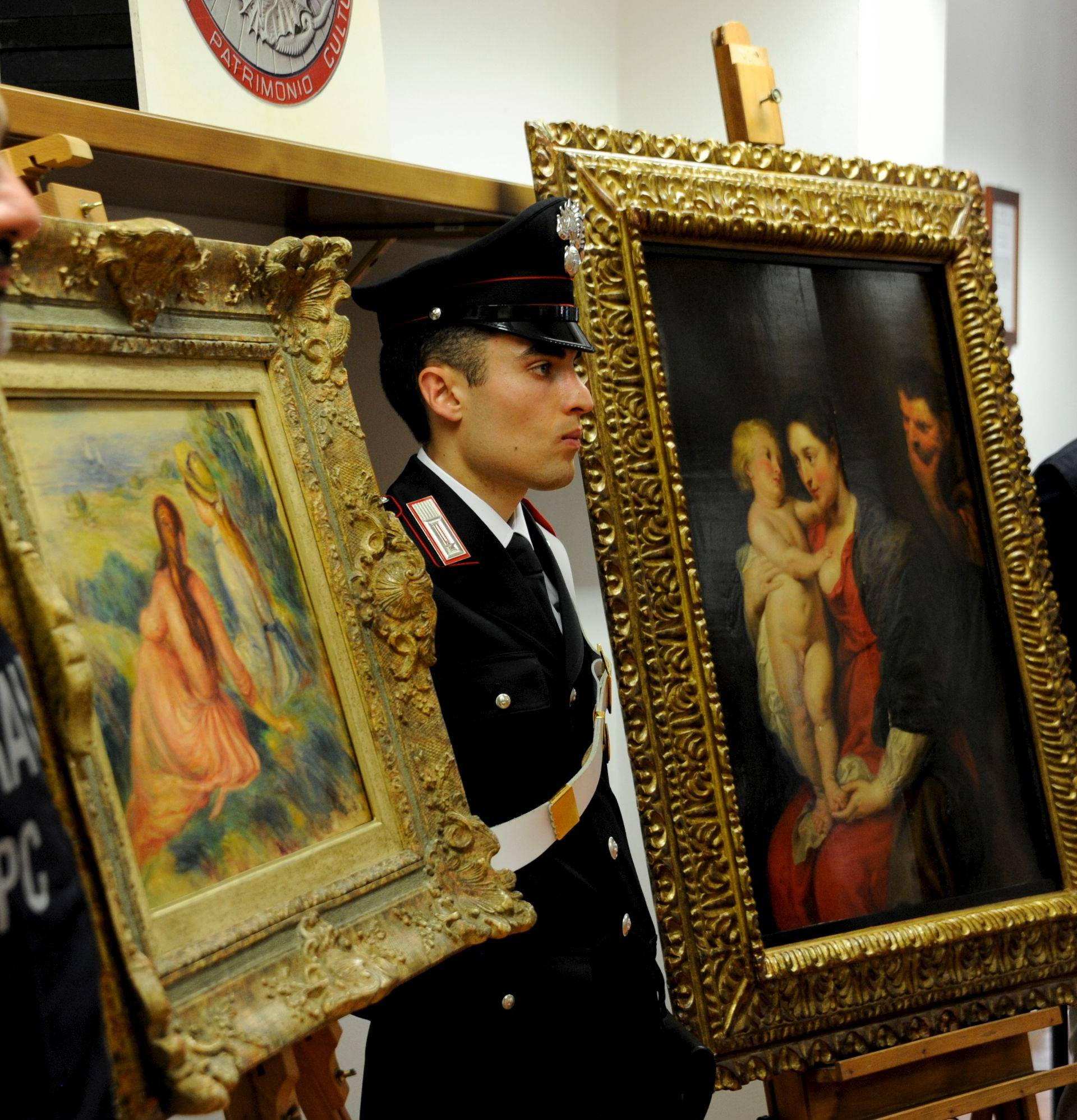 Monza, Recovered two pictures of Rubens and Renoir stolen last year