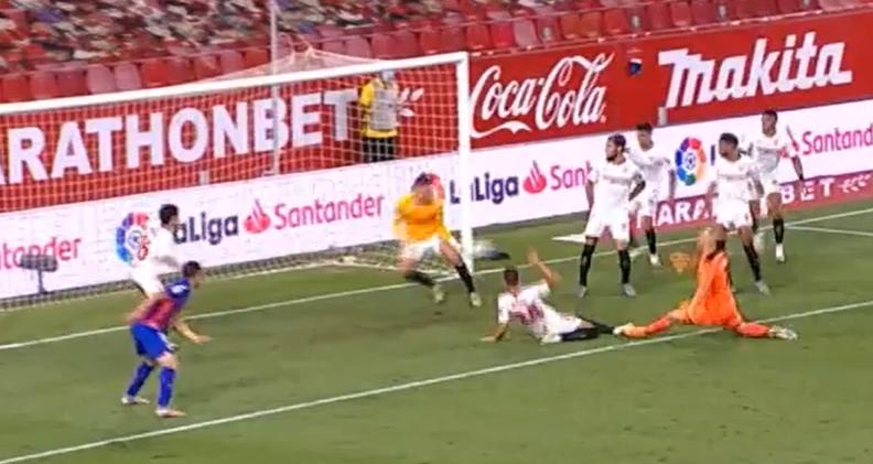 Ludilo u Sevilli: Igrač golmanu obranio zicer... U 101. minuti!