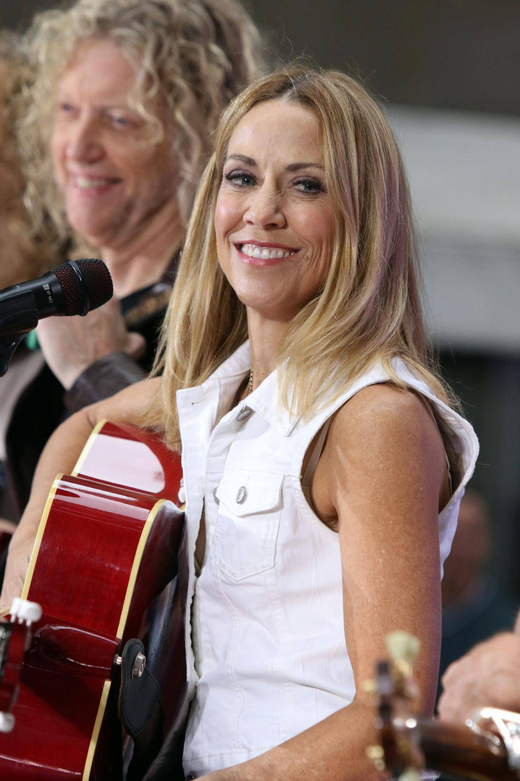 Sheryl Crow performs on NBC's Today Show - New York