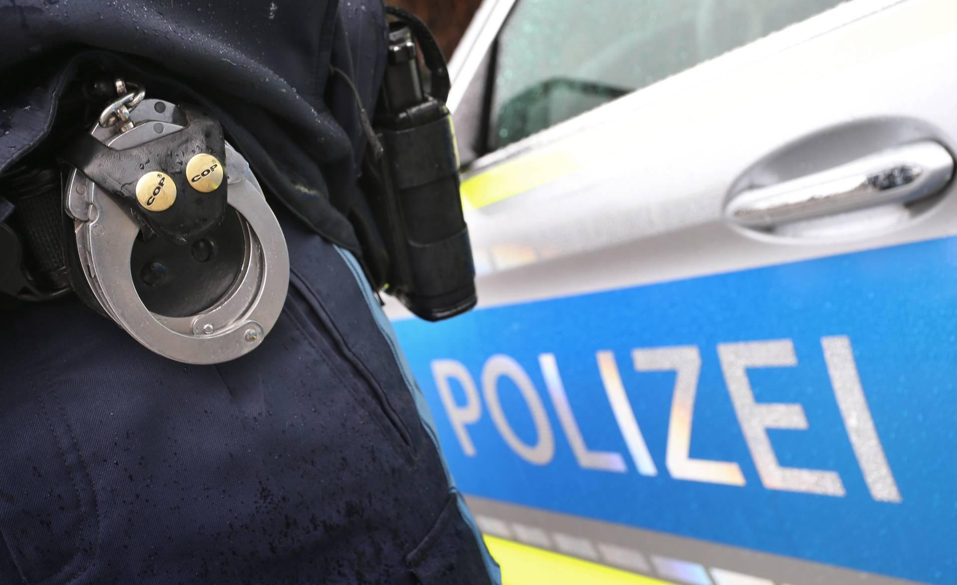 Njemačka: 11 ljudi uhićeno zbog pedofilije, snimali zlostavljanje