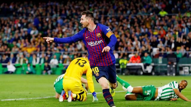 La Liga Santander - Real Betis v FC Barcelona