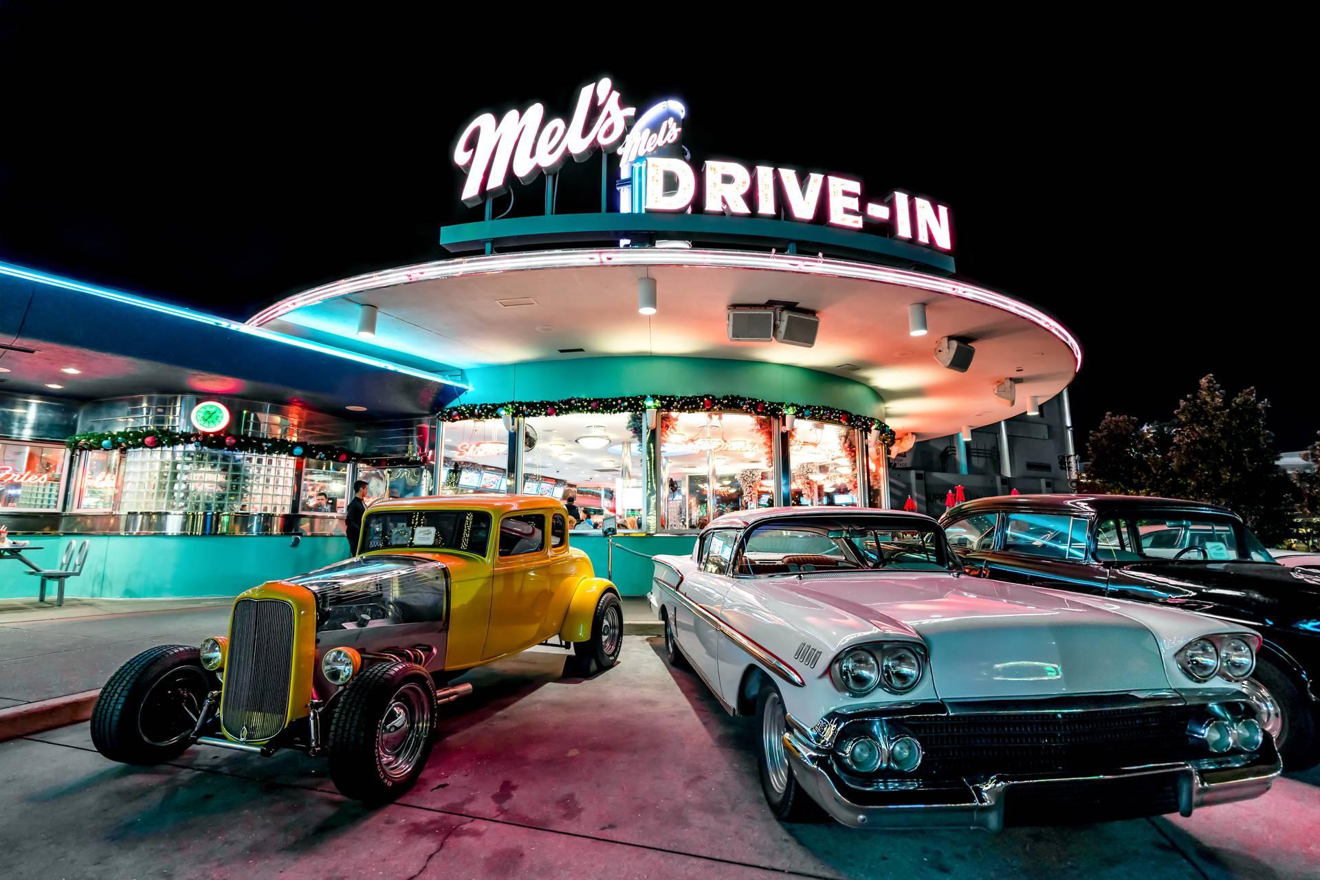 Drive-in restorani: Nekadašnja revolucija ponovno doživljava procvat zbog korona pandemije