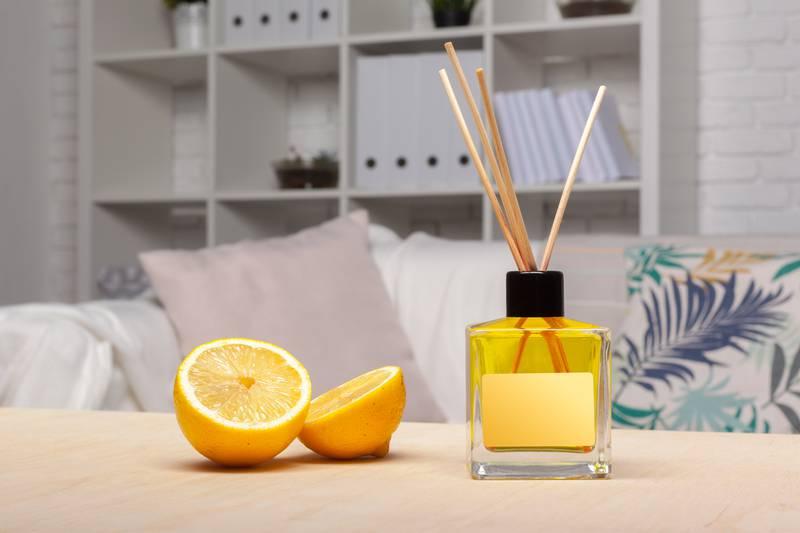 Miris za dom možete napraviti sami, a trebat će vam i votka