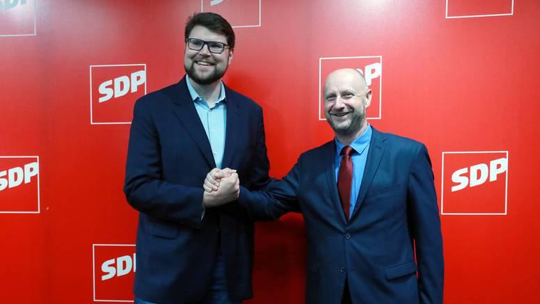 'Gdje je bio kad se tražilo pravo glasa za sve u SDP-u? Zašto nije digao ruku za taj prijedlog?'