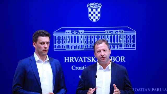 Zagreb: Petrov i Panenić govorili o Vladinom prepuštanju Ine MOL-u