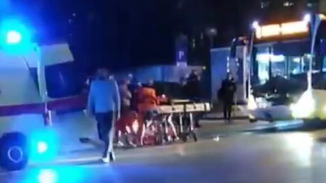 Pješakinju u Splitu srušio bus, prebačena je u bolnicu