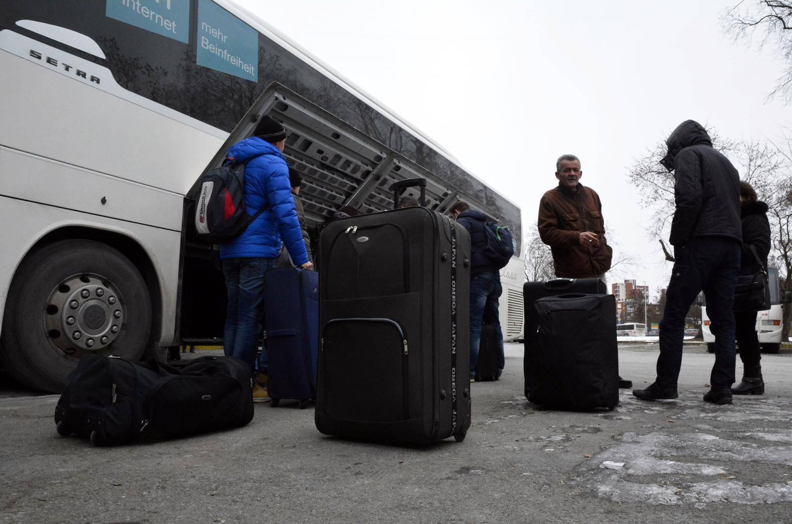 Rekordan broj ljudi lani uselio u Hrvatsku, ali i dalje više odlazi