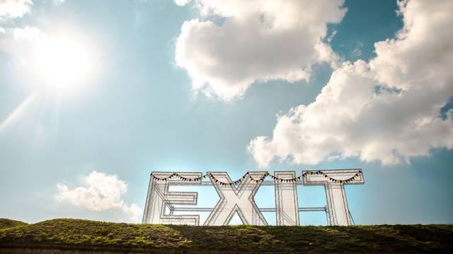 Srbija se planira potpuno otvoriti 21. lipnja: EXIT osigurao cjepiva za strane posjetitelje