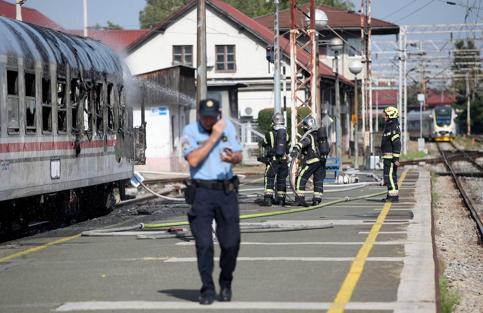 Zagreb: Na Glavnom kolodvoru zapalio se putnički vagon
