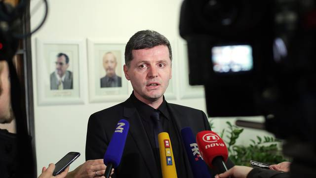 Zbog poskupljenja: HSU traži opoziv ministra Darija Nakića