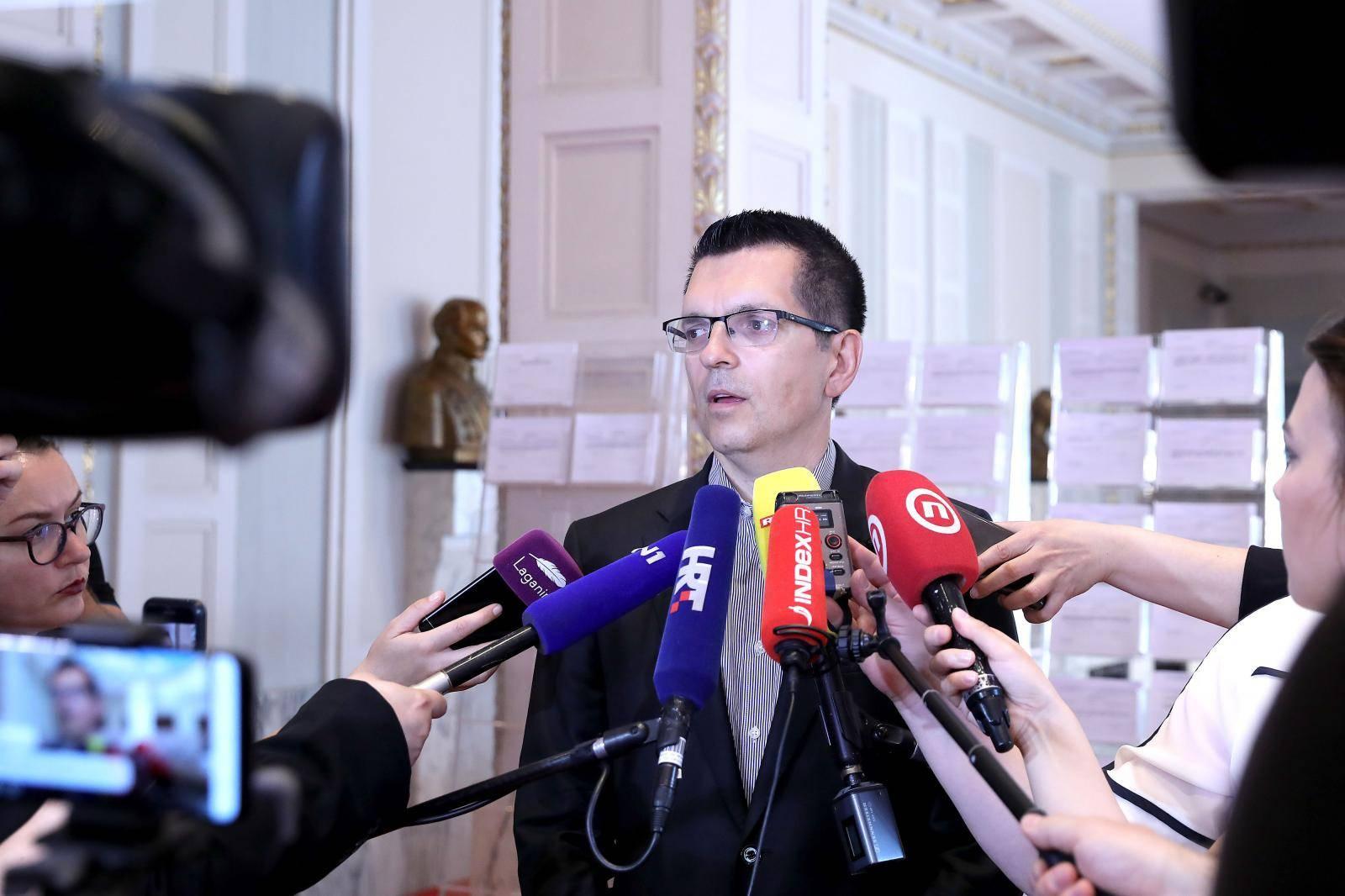 'S Palfi nema dogovora, ona je kao hrvatska Elena Ceausescu'