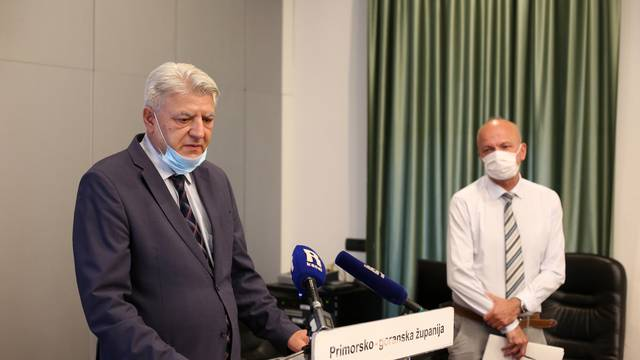 Rijeka: Konferencija za medije Zlatka Komadine i Vladimira Mićovića.