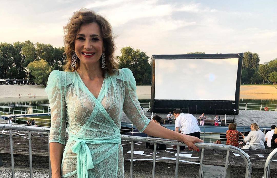 Ecija Ojdanić očarala fotkom u prozirnoj haljini: Zaljubljen sam