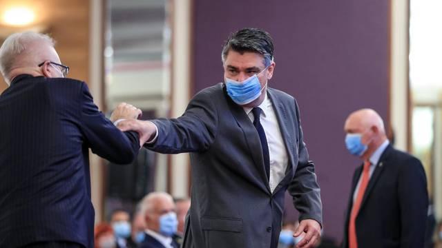 zagreb: Predstavljena autobiografska knjiga Branka Roglića, stigao i Milanović