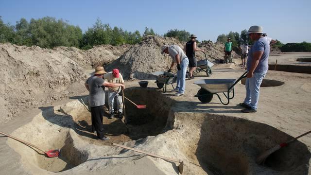 Arheološko nalazište  u Belom Manastiru