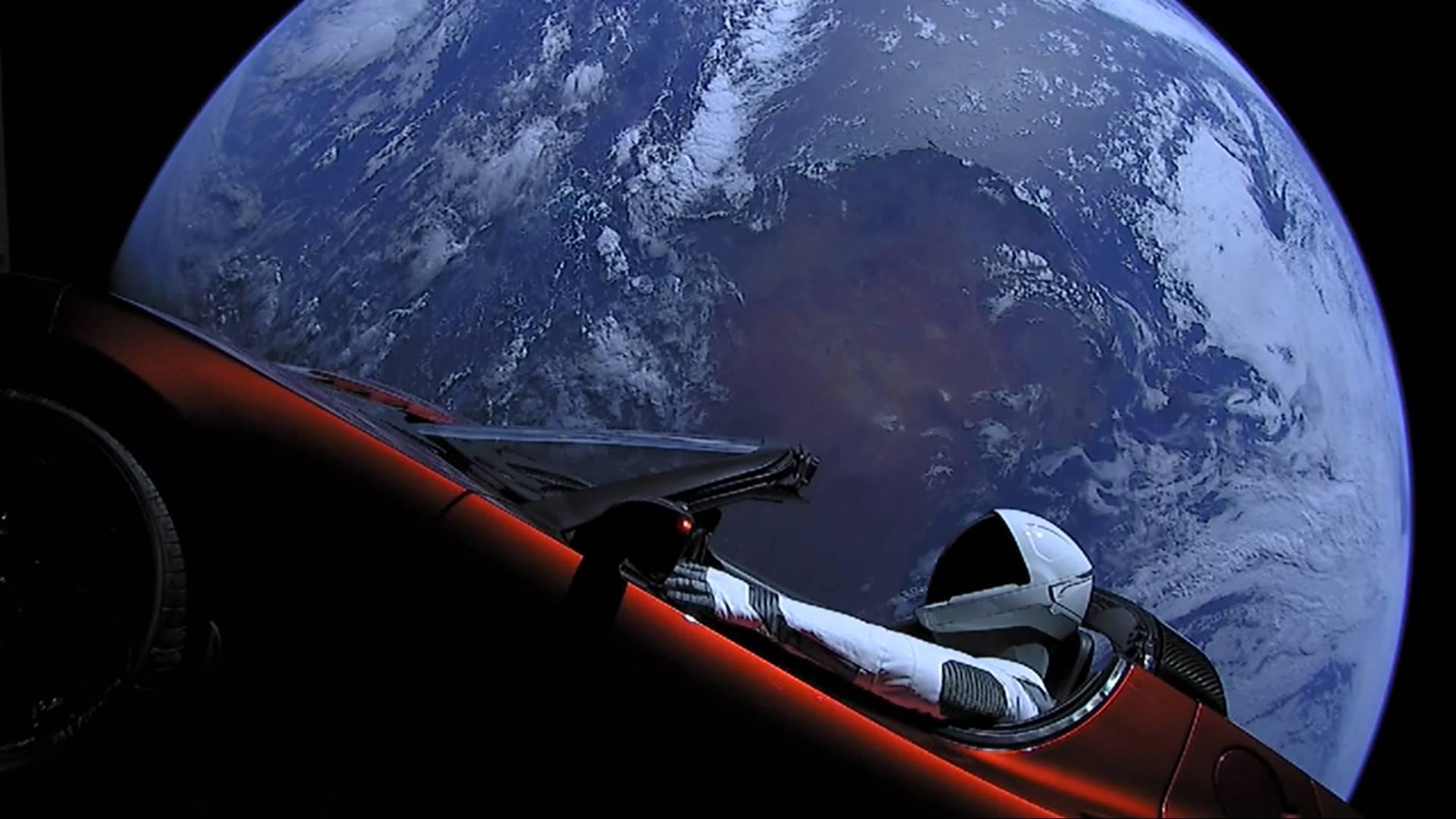 Teslin auto projurio kraj Marsa: Ide u restoran na kraju svemira