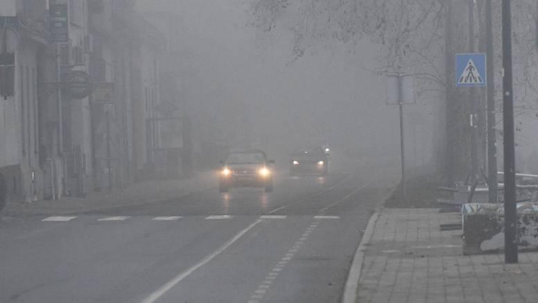 Magla smeta u Gorskom kotaru i Lici, većih zastoja zasad nema