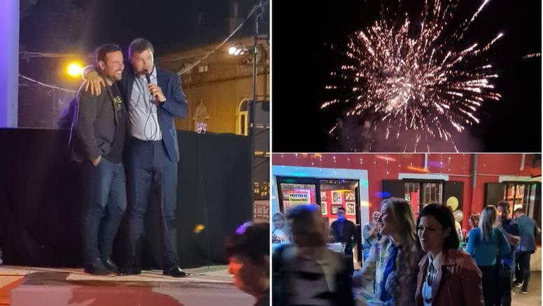 Vatromet u Puli: Gradonačelnik Filip Zoričić slavio u rock klubu