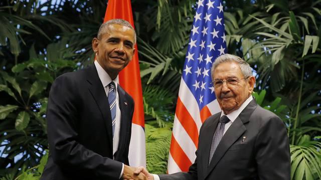 Raul Castro dočekao je Obamu u Palači revolucije u Havani