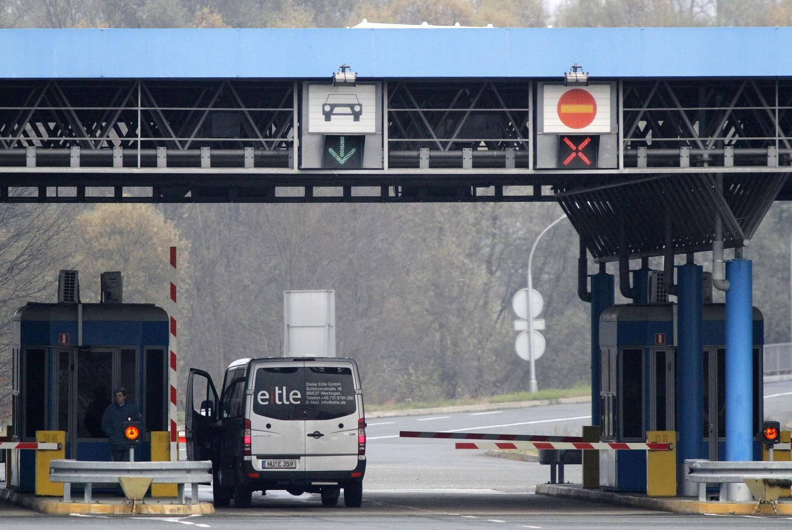 Mađari zbog koronavirusa uveli posebne mjere na svoje granice