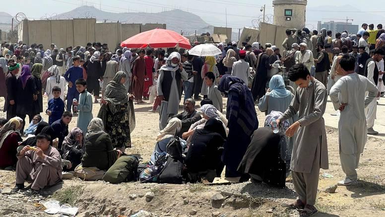 Dosad su izvukli 18.000 ljudi: NATO poziva na ubrzanje evakuacije iz Afganistana