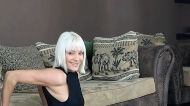 Trening ispred TV-a: Lijepa Diana digne kauč i do sto puta