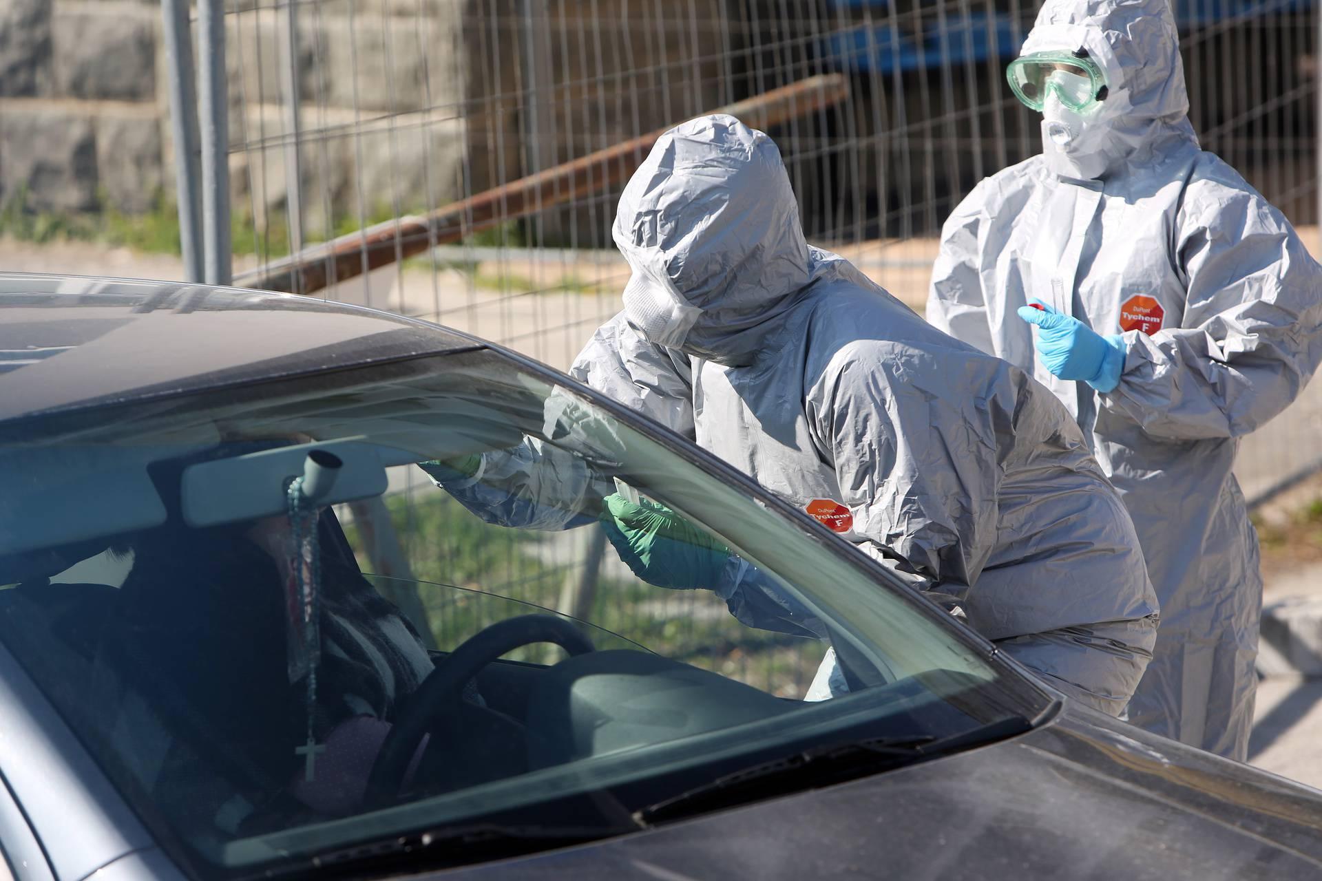 """U Općoj bolnici Karlovac otvoreno  """"drive in"""" testiranje na koronavirus"""