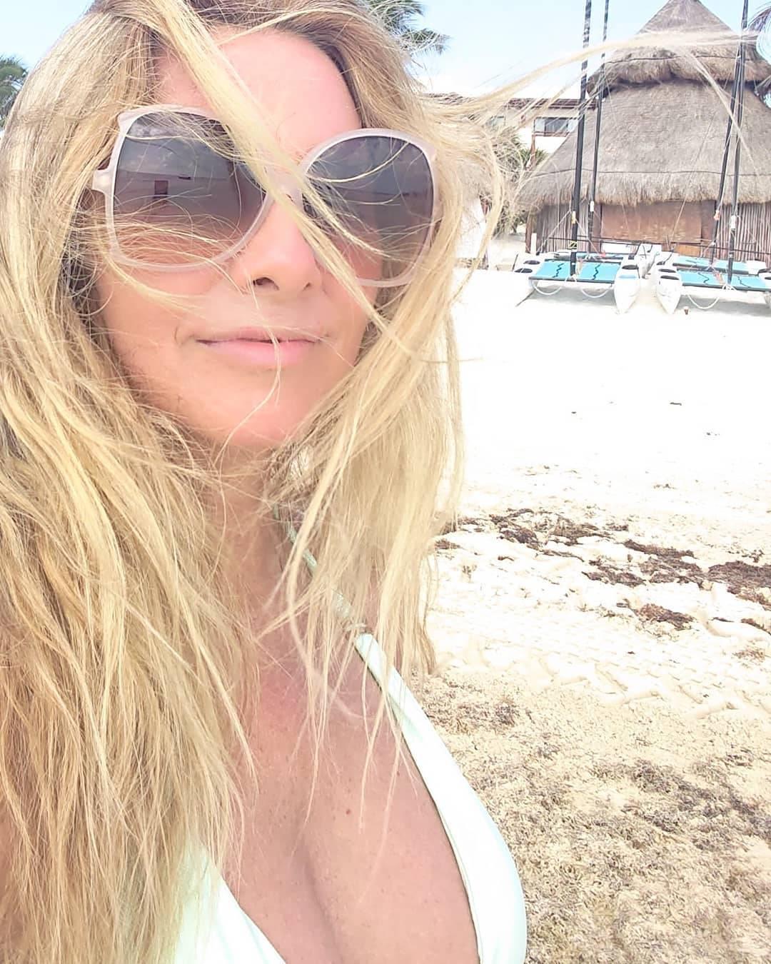 Uživa u suncu: Vlatka Pokos pohvalila se fotkama u badiću