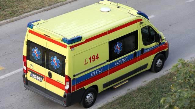 Vozač (75) udario u maloljetnu pješakinju i teško je ozlijedio...