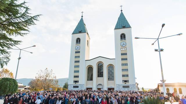 Karlovački HDZ-ovci jedna su od najvećih grupa u Međugorju