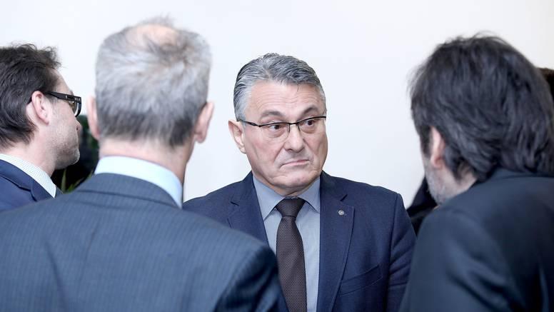 Odbacili prijavu protiv Jakelića za spolno uznemiravanje jer se žrtve nisu javile na vrijeme!?