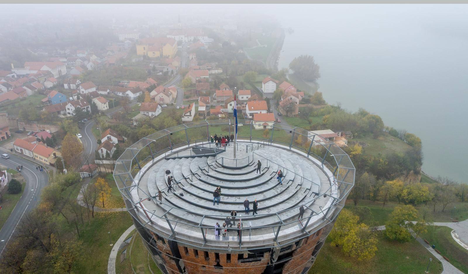Slike iz zraka: Veliki interes za ulazak u obnovljeni Vodotoranj