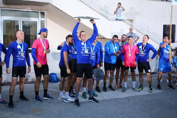 Na Maratonu lađa na Neretvi slavila ekipa Stabline, pala i prosidba
