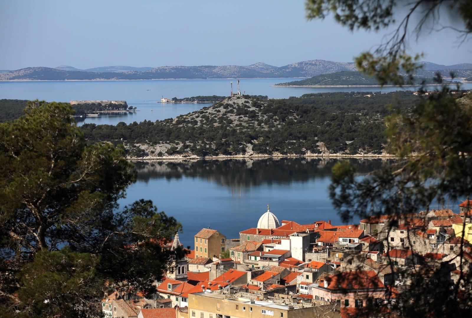 Pogled na grad Šibenik