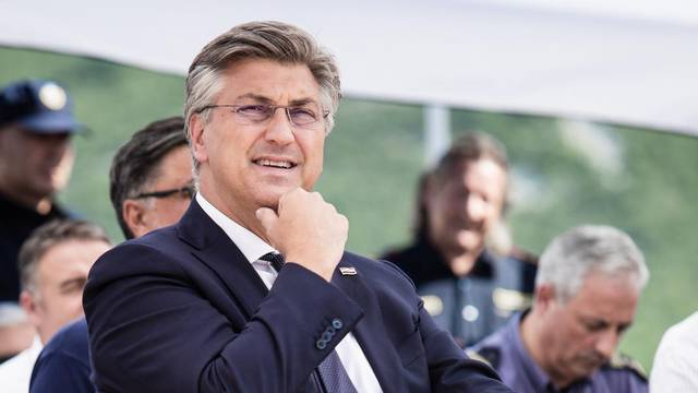 Puštanjem vode Plenković označio početak radova u Vučevici