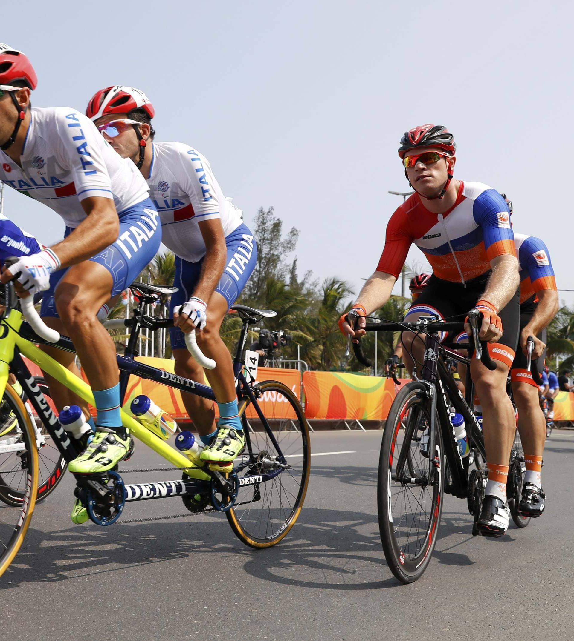 Cycling Road - Men's Road Race B