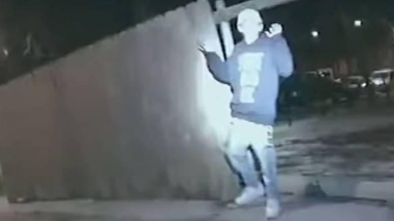 Policajac upucao dječaka (13) u Chicagu: Policija objavila video