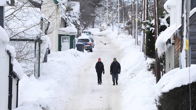 Hladni val diljem Britanije: Najhladnija noć u posljednjih 26 godina, temperature do -23°C