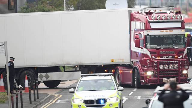 39 found dead in a lorry at Grays