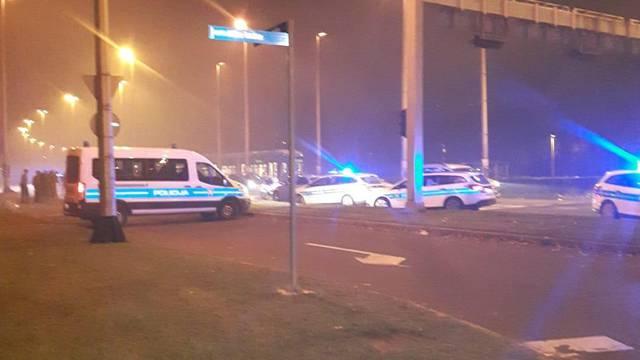 Vandalizam na Držićevoj: Ljudi nose zapaljene baklje po ulici?