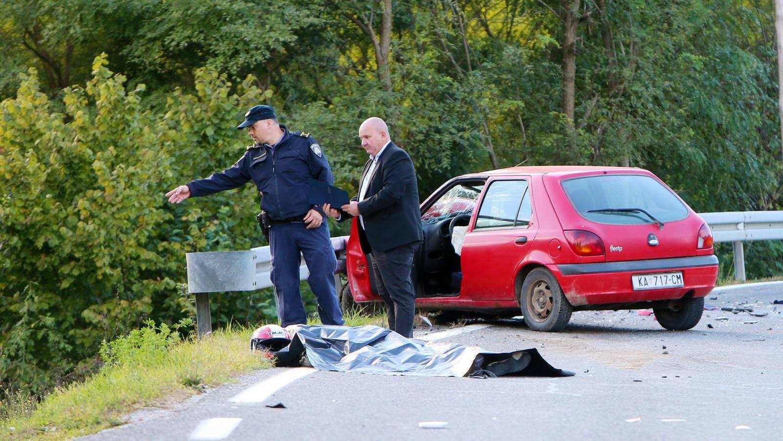 U prometnoj nesreći koja se dogodila na Petrakovom Brdu poginuo je motociklist